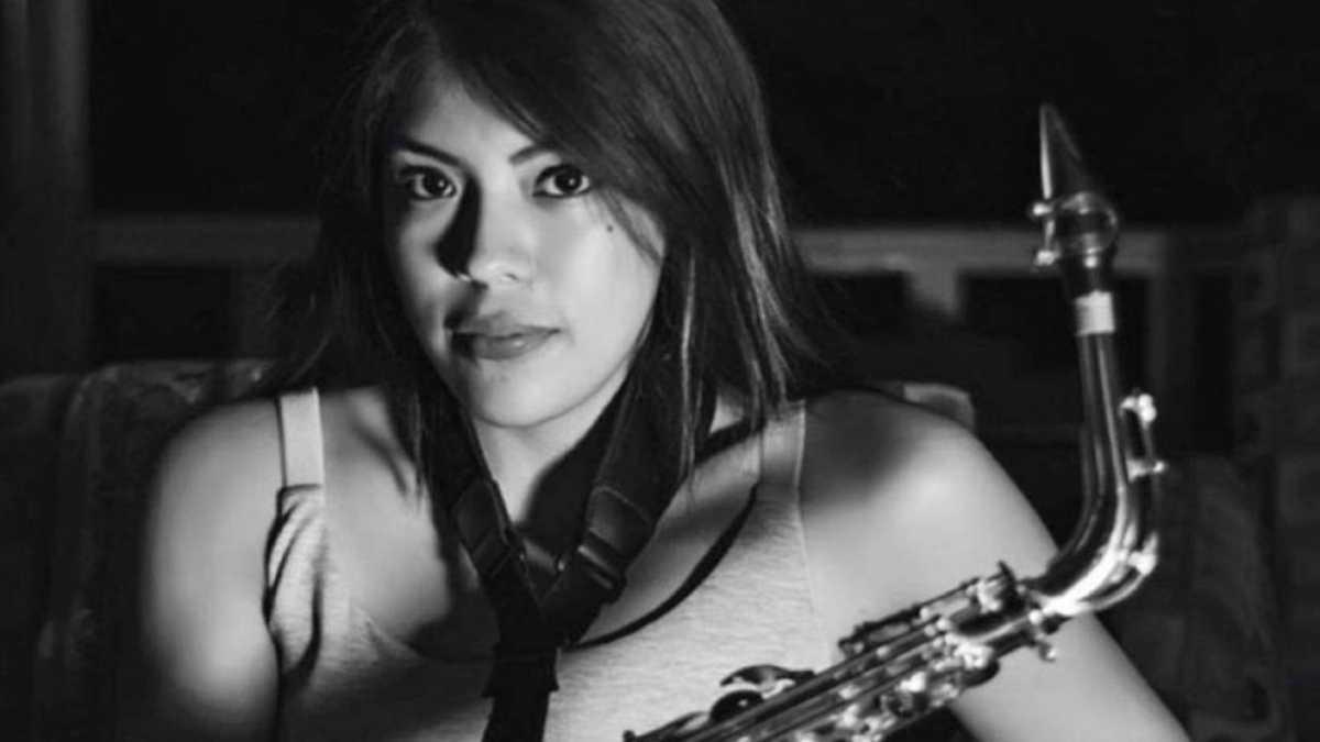 Maria Elena Saxofonista