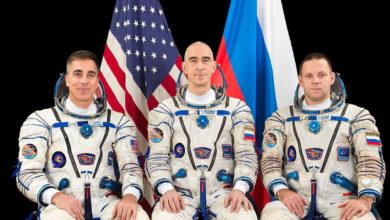 Photo of Trío de astronautas regresan tras pasar casi toda la pandemia en el espacio