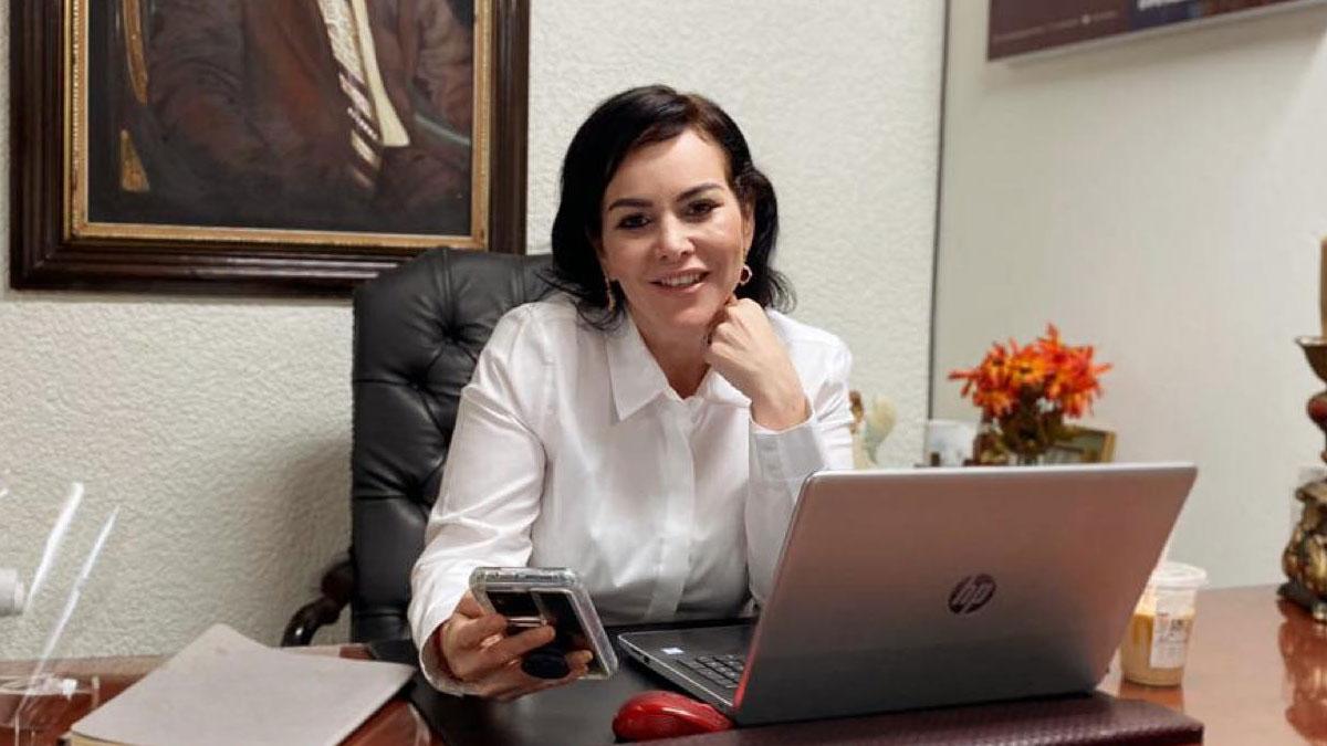 Carmen Lilia Canturosas