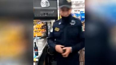 Photo of Sorprenden a policía de Nezahualcóyotl robando en un supermercado