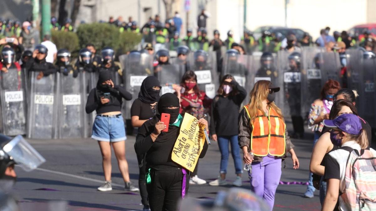 Protesta encapuchadas