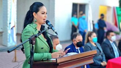 """Photo of Alcaldesa de Angostura pide """"levantar las nalgas y ponerse a trabajar"""" en pro del municipio"""