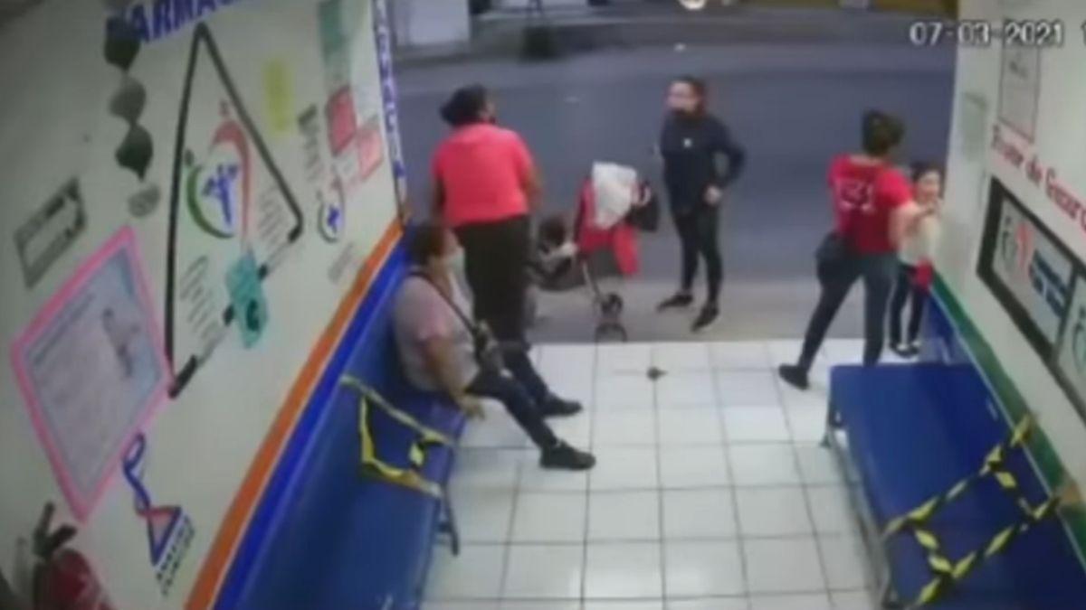 Familia golpea doctora