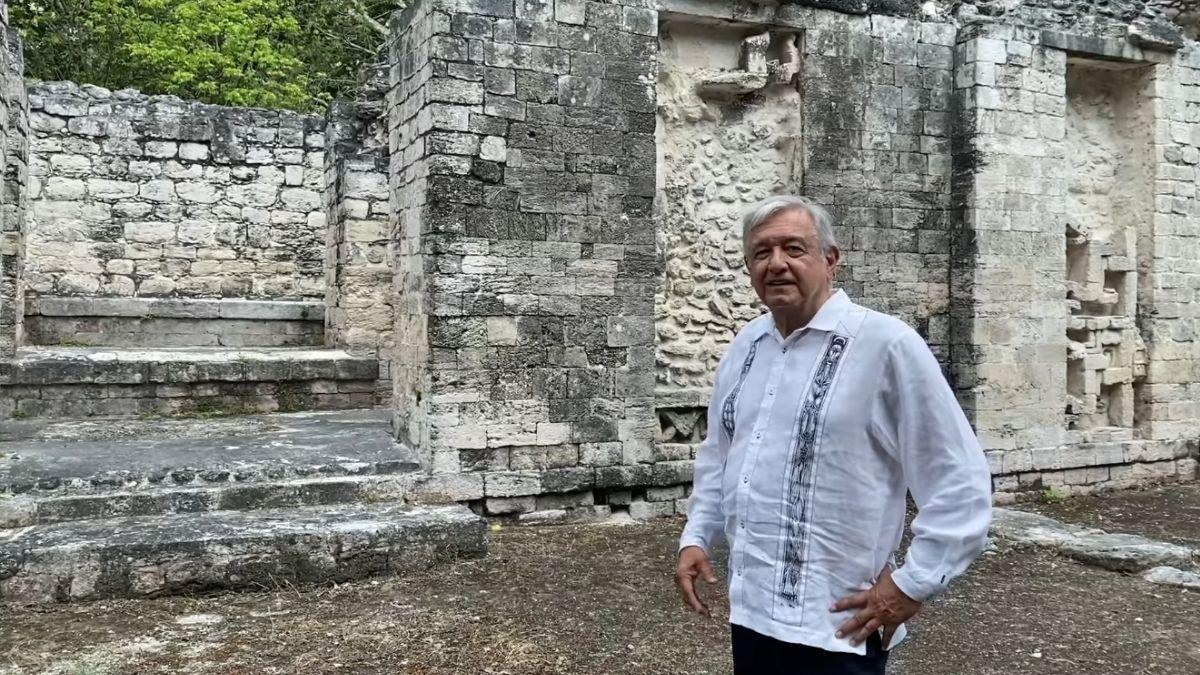 AMLO ruinas mayas