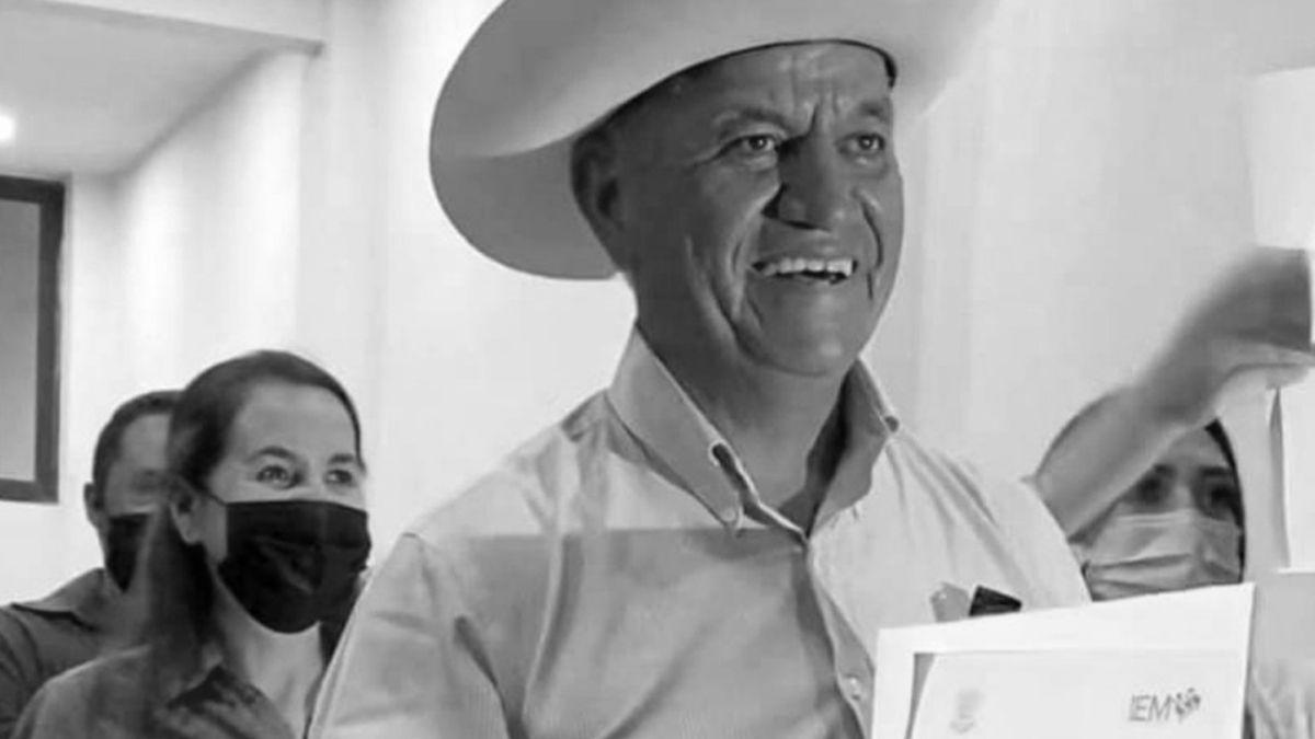 Gilberto Mejia Alcalde Michoacan