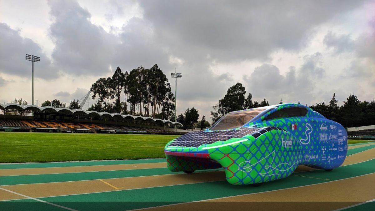 Auto solar UAEM
