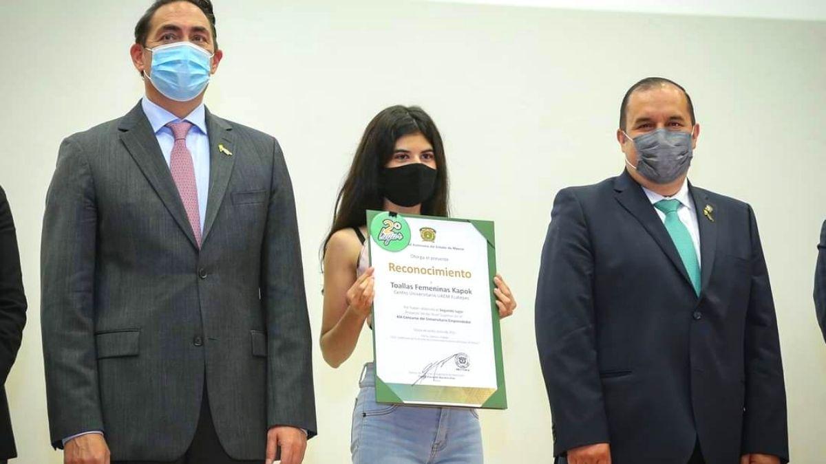 Estudiante de UAEM inventa toalla biodegradable